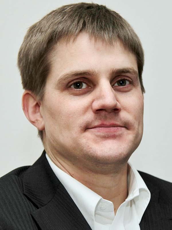 Dr. Esko Horn