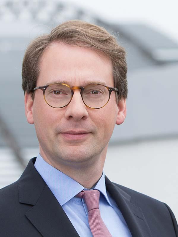 Dr. Arne von Freeden LL.M.
