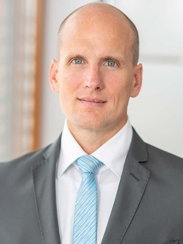 Dr. Tobias Scholl-Eickmann